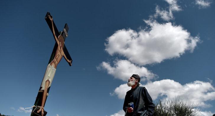 'Bu sistemle İsa peygamber İngiltere vizesi alamazdı'