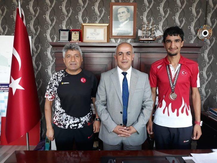 Başkan Ensari'den milli sporcu Değer için tebrik mesajı