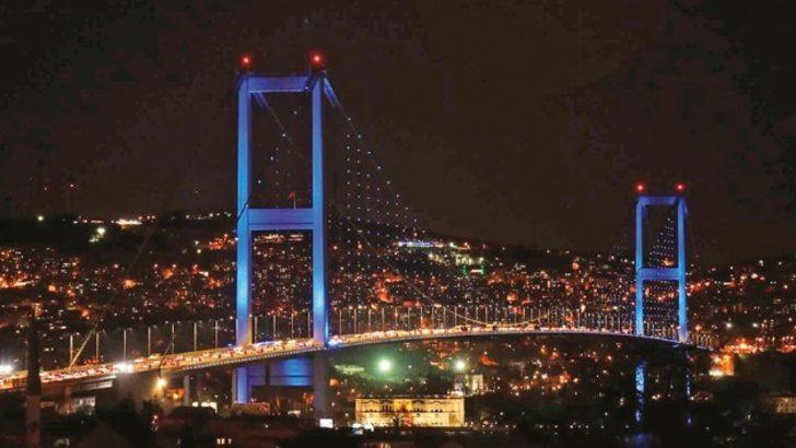 20 Kasım Dünya Çocuk Günü'nde köprüler maviye büründü