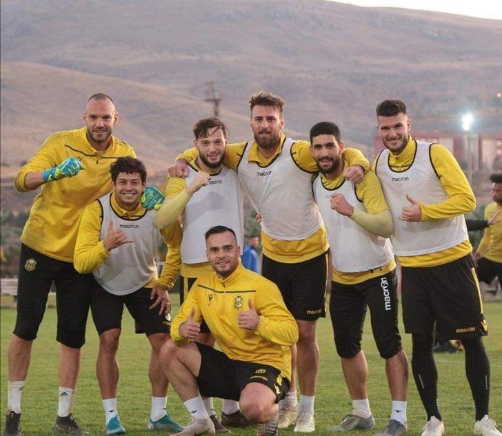 Yeni Malatyaspor, Fenerbahçe maçına 3 puan parolasıyla hazırlanıyor