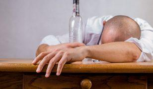 İçki üreticisi şirketin çalışanları isyan etti: İçki içmekten...