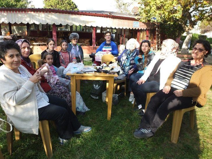 Burhaniye'de engelli vatandaşlar için kurs düzenlendi