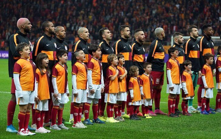 Galatasaray'da 3 değişiklik
