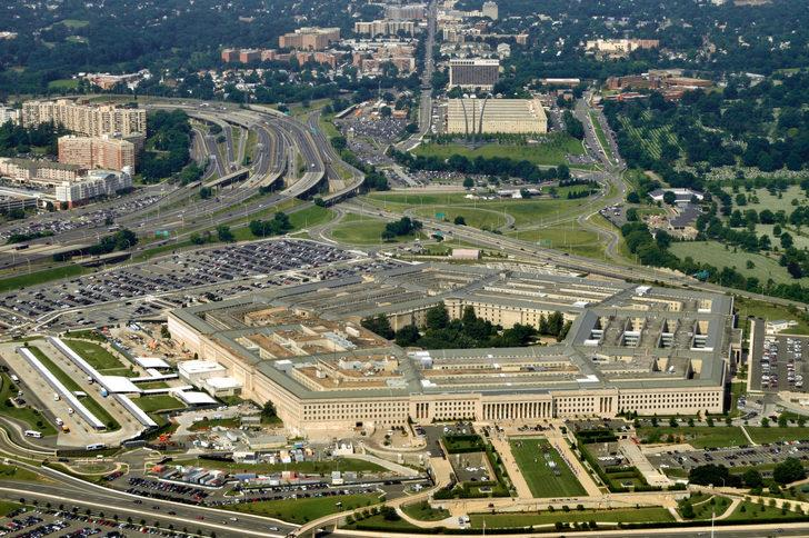 ABD Savunma Bakanı Deniz Kuvvetleri Sekreterinin istifasını istedi