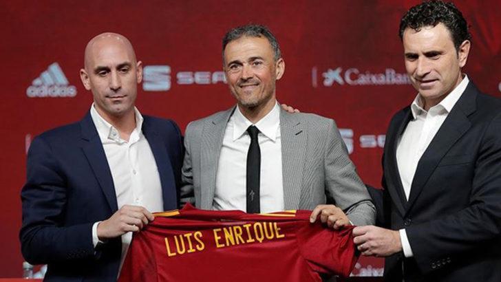 Luis Enrique: Başladığım projeyi bitirmeye geliyorum