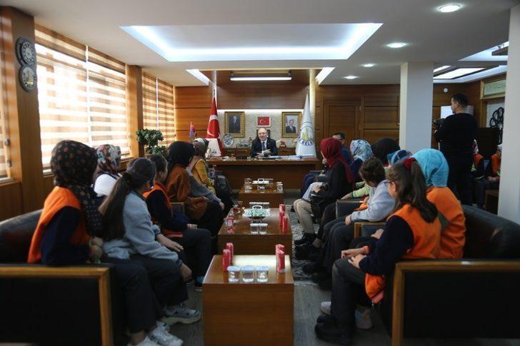 Başkan Bilgin, deneyimlerini öğrenciler ile paylaştı