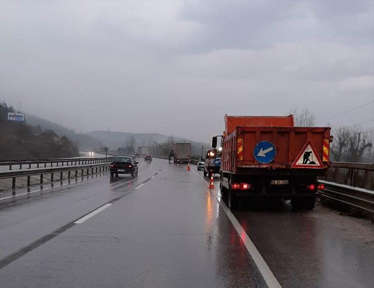 Bilecik'teki trafik kazasında karayolları görevlisi hayatını kaybetti
