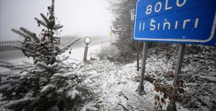 Sakarya ve Bolu'da yüksek kesimlere kar yağdı