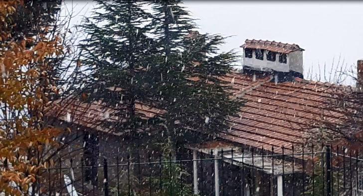 Antalya Saklıkent'e mevsimin ilk karı yağdı