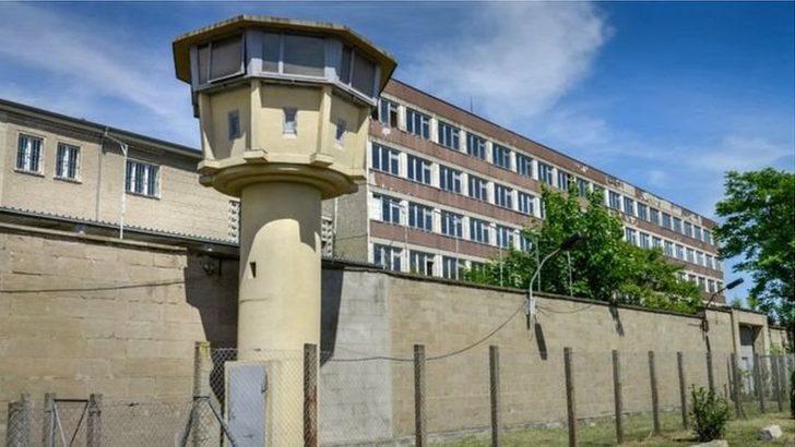 Berlin'de Stasi Müzesi soyuldu, Karl Marx ve Lenin Nişanları çalındı