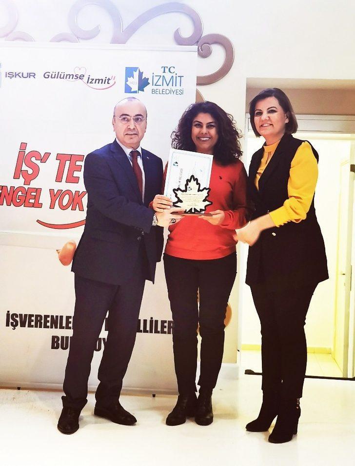 Assan Hanil'e engelli istihdamı ödülü