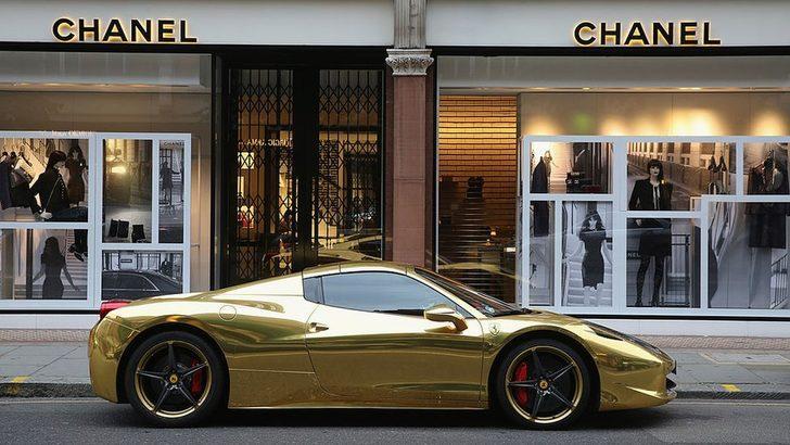'İngiltere'de en zengin 6 kişinin serveti, en yoksul 13,2 milyonunkine eşit'