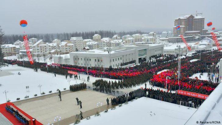 """Kuzey Kore'nin """"sosyalist örnek kenti"""" törenle açıldı"""