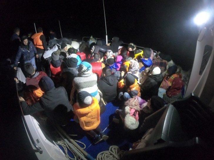 Çanakkale'de 44 düzensiz göçmen yakalandı