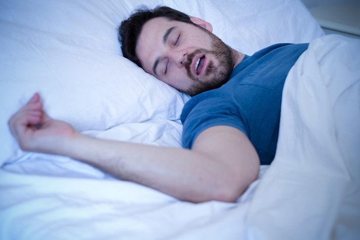 Uyku apnesi nedir? Uyku apnesi belirtileri nelerdir? Uyku apnesi neden olur? Uyku apnesi tedavisi nasıl olur?