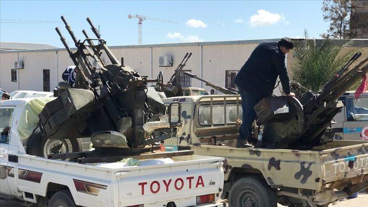 Libya'nın başkenti Trablus'ta Başkanlık Konseyi Merkezi'ne silahlı saldırı
