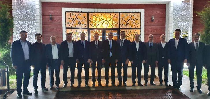 İlçe Belediye Başkanları toplantısı Geyve'de yapıldı