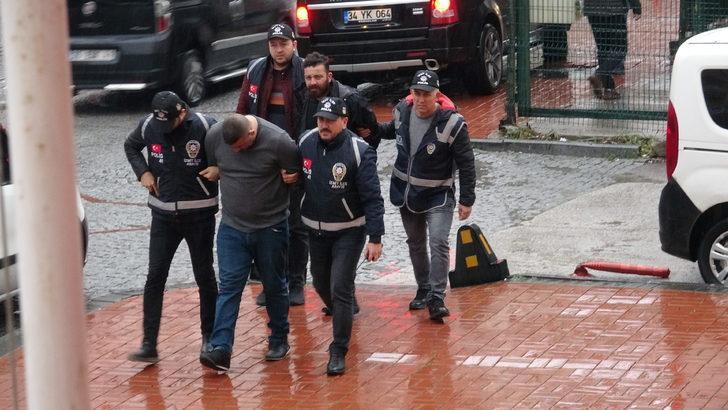 Kocaeli'nde hapis cezasıyla aranan 2 kişi yakalandı