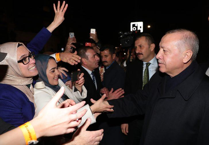 Erdoğan, İngiltere'deki Türk vatandaşları ve Müslüman toplumuyla buluştu