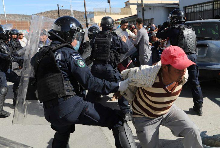 Sınırda güvenlik güçleri ile çatışma: 24 kişi öldü!