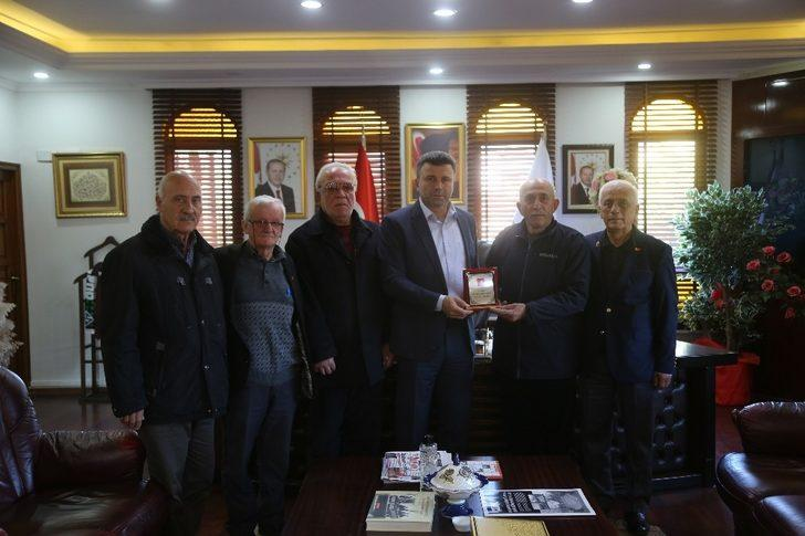 Gazilerden Başkan Özen'e teşekkür ziyareti