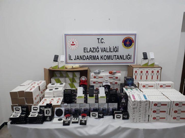 Elazığ'da gümrük kaçağı 430 elektronik cihaz ele geçirildi