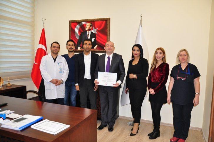Manisa Şehir Hastanesi 'Sağlık Turizmi Belgesi'ni aldı