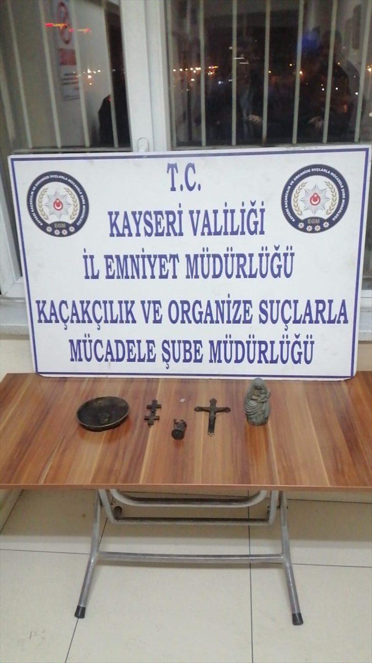 Kayseri'de tarihi eser kaçakçılığı operasyonunda 2 zanlı yakalandı