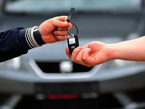Faizler düştü otomobil satışları gaza bastı