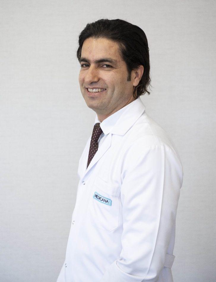 """Dr. Gökosmanoğlu: """"Kilolu insanların ümidi, leptin hormonu"""""""