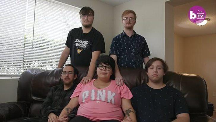 4 sevgilisi olan kadın hamile kaldı! Bebeği hep birlikte büyütecekler!