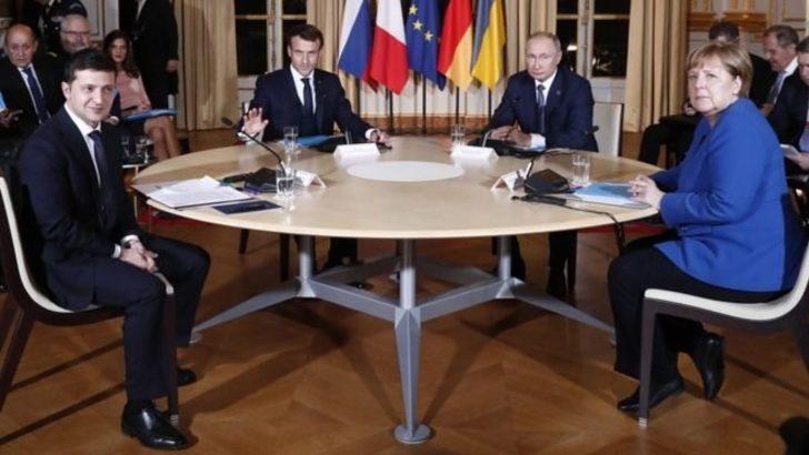 Putin ve Zelenskiy, Doğu Ukrayna'da ateşkesin uygulanmasında anlaştı