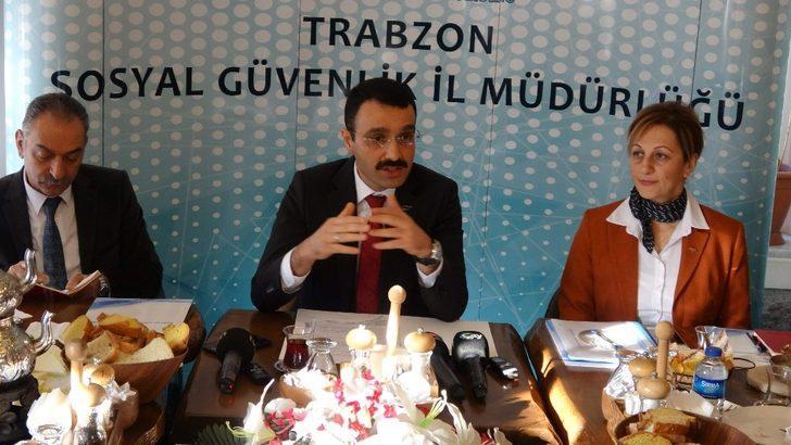 SGK Trabzon İl Müdürü Erdem Akbay basınla buluştu