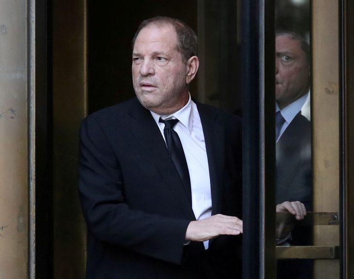 Yapımcı Harvey Weinstein cinsel taciz suçlamasından 25 milyon dolar vererek kurtuldu!