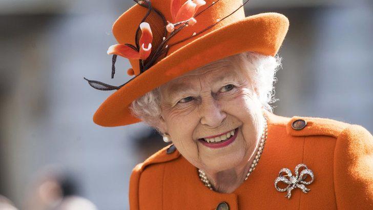 İngiltere Kraliçesi'nden iş ilanı: Sosyal Medya Sorumlusu aranıyor