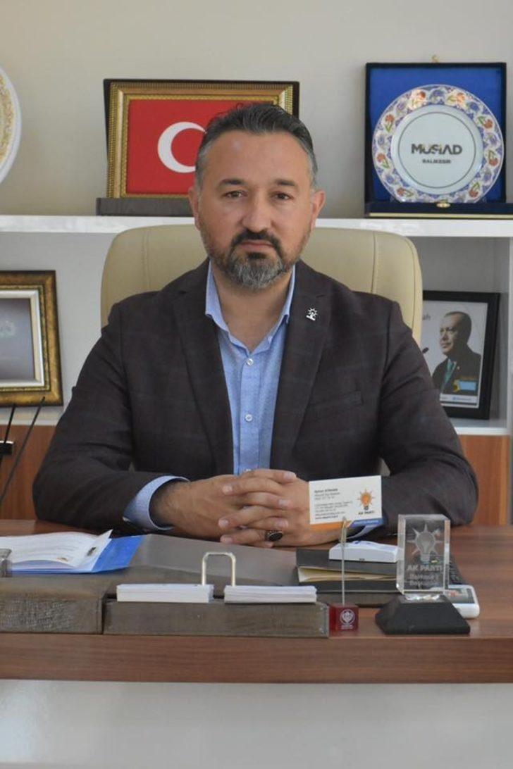 AK Parti Altıeylül İlçe Başkanı Ayhan Atahan istifa etti