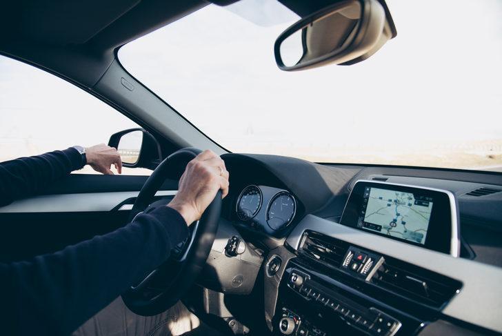 Direksiyon başında sigara içen sürücü yapay zekayla tespit edilecek
