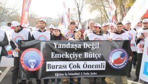 Memurlar Ankara'da 2020 Bütçesini Protesto Etti
