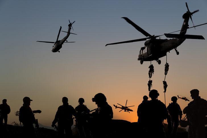 ABD Afganistan'dan 4 bin askeri geri çekmeyi planlıyor