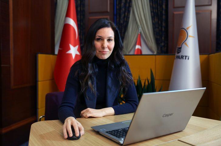 """AK Parti'li Karaaslan, AA'nın """"Yılın Fotoğrafları"""" oylamasına katıldı"""