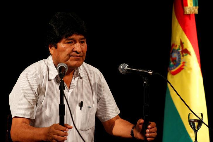 Evo Morales: Bolivya'nın yasal devlet başkanı benim