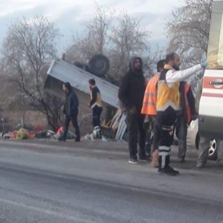 Kayseri'de kamyonet takla attı: 10 yaralı