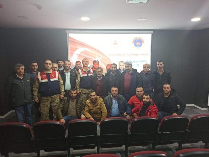 Jandarmadan sürücülere eğitim  semineri