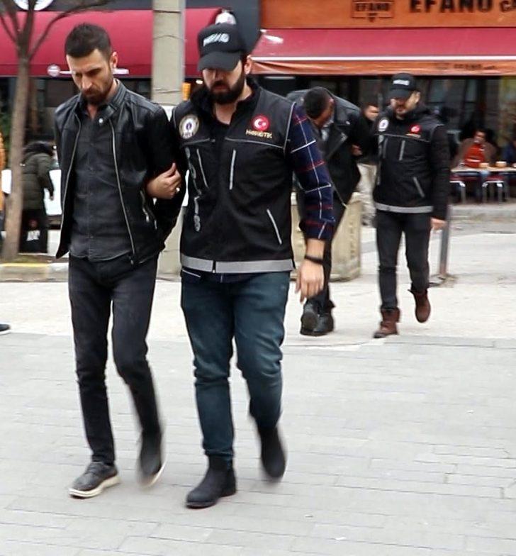 Eskişehir'de uyuşturucu operasyonu: 10 gözaltı (2)