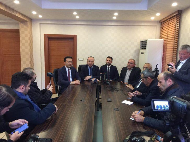 Kırıkkale'de AK Parti'nin 3 ilçe başkanı istifa etti