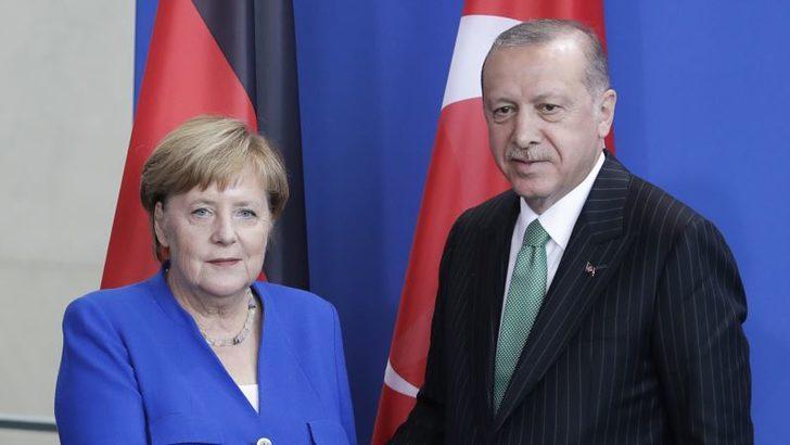 Almanya Başbakanı Merkel Ocak Ayında Türkiye'ye Gidiyor