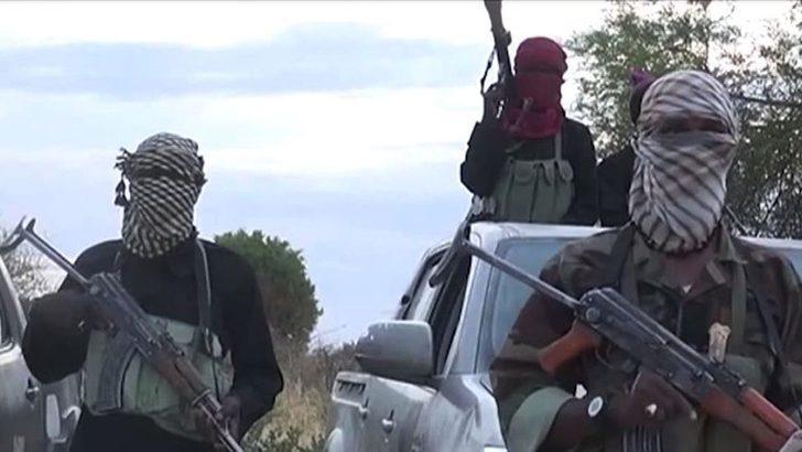 'IŞİD 11 Hristiyan rehineyi, başlarını keserek öldürdü'