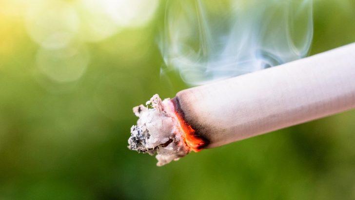 Sigara içenler, bıraktıktan sonra bile sigara içmeyenlere kıyasla daha fazla ağrı hissediyor