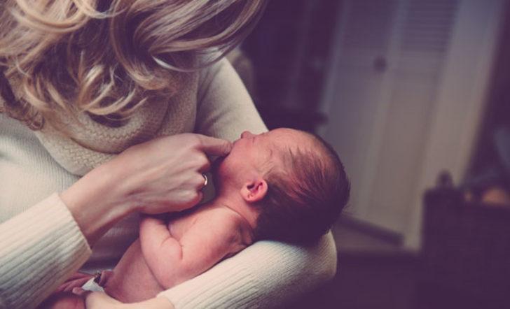 Sağlıklı bebek için anne sütü