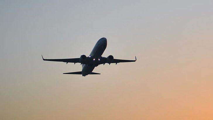 Uçakla yolculuk edecekler dikkat! Seyahat izin belgesi zorunluluğu kalktı